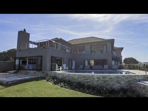 4 Bedroom House for sale in Eastern Cape | East London | Winterstrand | 13 Ocean Villas |