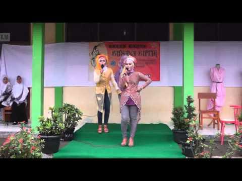 SMKN 1 Kersana - Brebes : Busana Butik Fashion Show
