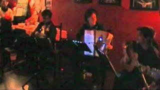 Trio El Espiante - Nocturna@ bazura 26/02/2011