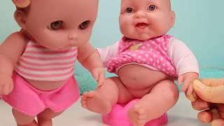 Куклы Пупсики Малыши какают на горшок Пупс обкакался и купается в ванной Игрушки для девочек