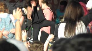 do it now remember it later sleeping with sirens live may 26 2013