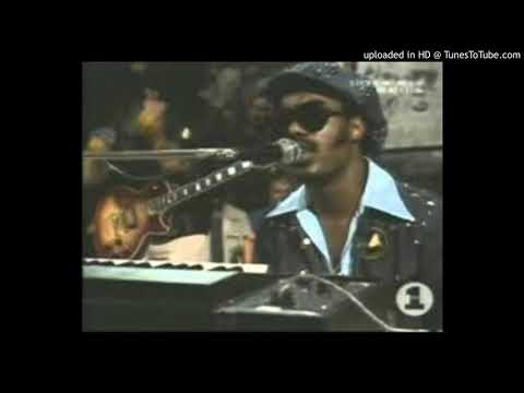 STEVIE WONDER - LOOKING FOR ANOTHER PURE LOVE mp3