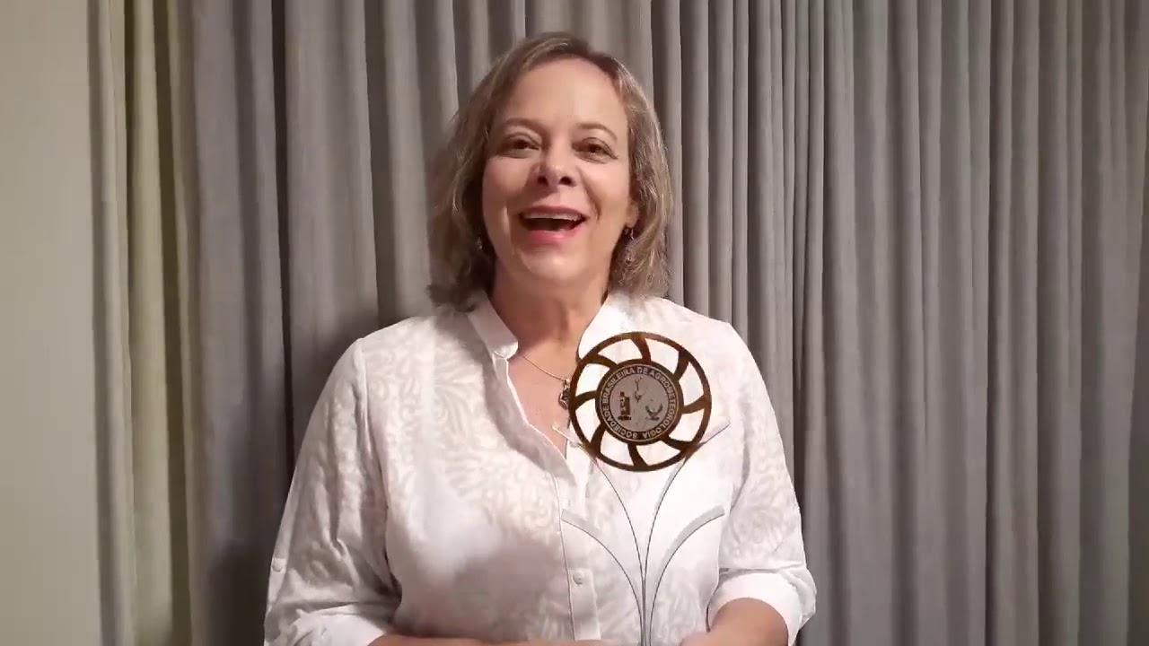 Profa. Denise Cybes Fontana é laureada pela SBA.