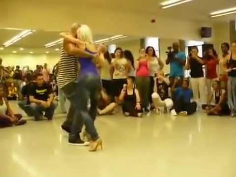 Самый сексуальный танец sami seksualni tanec Bachata dance - Cмотреть видео онлайн с youtube, скачать бесплатно с ютуба