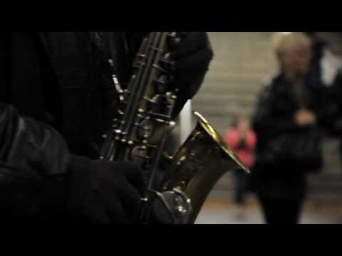 Pink Panther theme song played in a Subway Station | Street Performers
