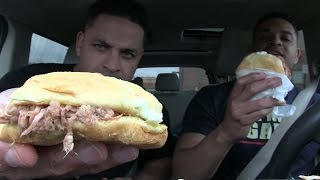 eating bojangles bbq pulled pork sandwich hodgetwins