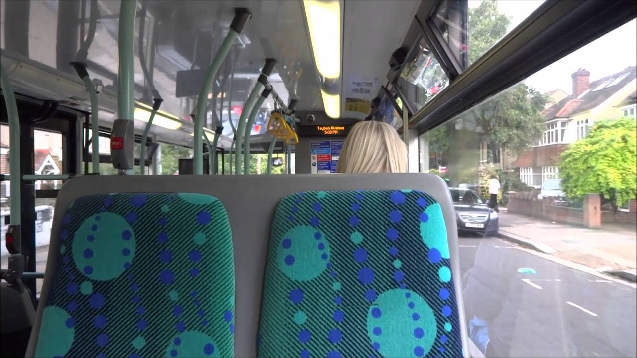journey on the 281 (sp128 yt59pbv) scania omnicity 10.8m london