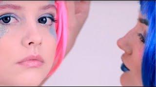 AdriaGlamorous Blue and Violet - цветные линзы(Adria Glamorous - серия цветных линз со сложным узором для максимального преображения твоих глаз. http://www.adriacats.ru/product..., 2015-12-17T12:13:30.000Z)