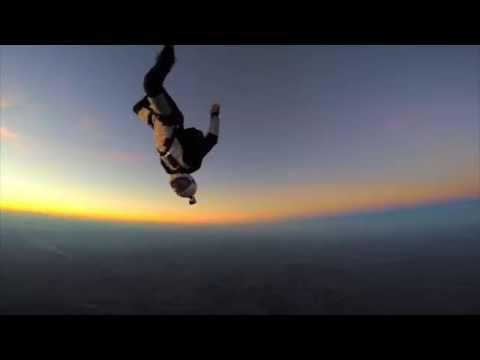 Voando num Sunset mágico! #skydiving4vibe