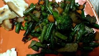 Видеорецепт. Овощи гриль, стручковая фасоль с баклажанами и колбасками гриль
