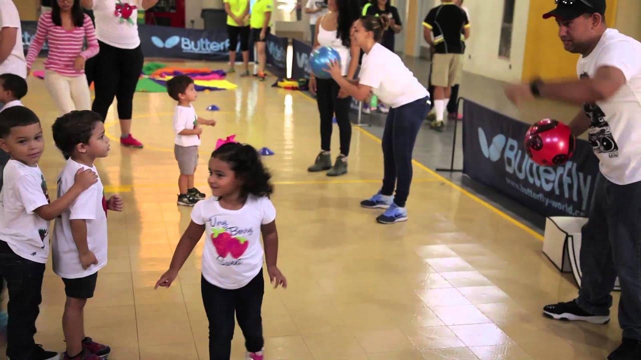 Compatir Un Dia De Juegos En Familia Es Bienestar Youtube