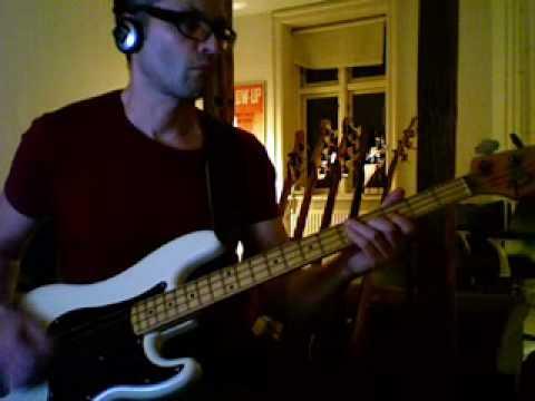 Cut the cake - Average white band - bass playalong