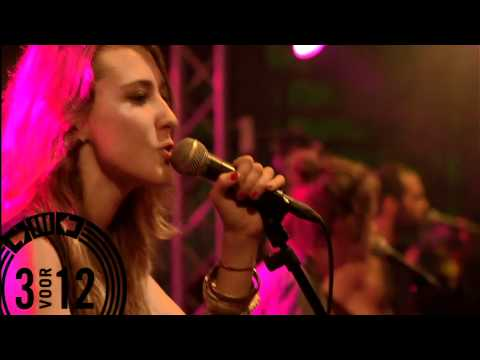 Crystal Fighters - Plage  (live @ Great Wide Open 2011)