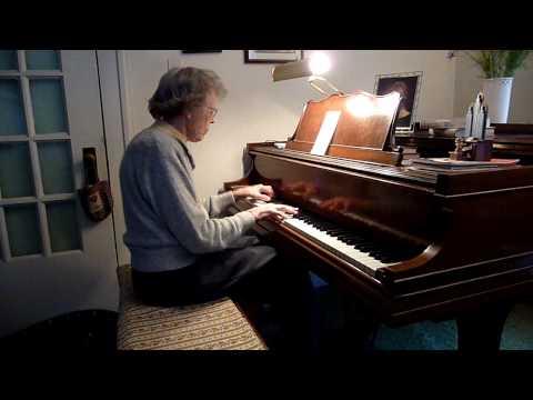 Lois White, 92, plays UI songs