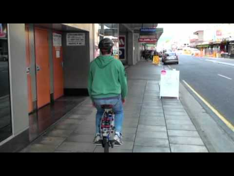 The Micycle - a self balancing electric unicycle with an innovative steering mechanism