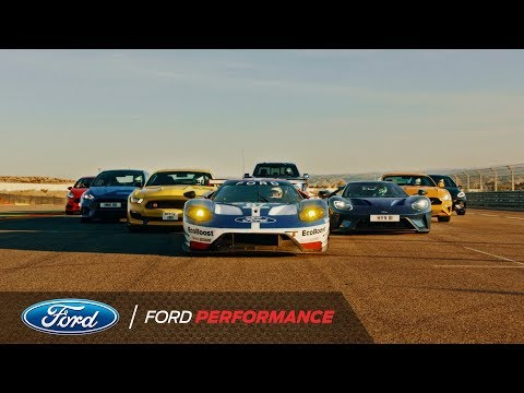 Ford: Acht Performance-Modelle, acht Profi-Rennfahrer: Video zeigt ultimativen Showdown auf der Rennstrecke