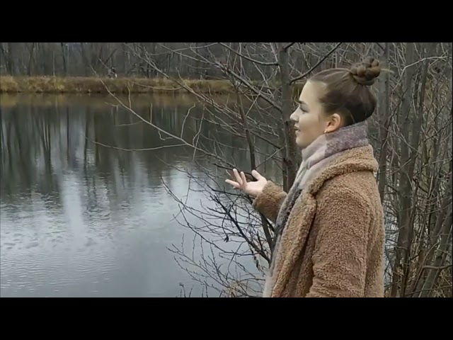 Изображение предпросмотра прочтения – СофьяЕгорова читает произведение «Песни, песни, о чем вы кричите...» С.А.Есенина