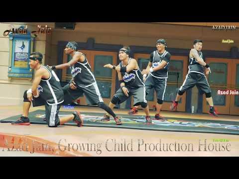 Stunt Show Street Performance.Rockafellas Streetboys dance at Universal Studios Singapore