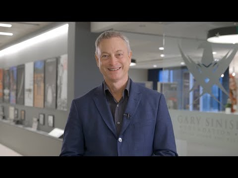 Hilary - Gary Sinise sends military families to Disney!