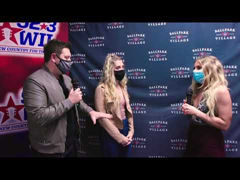 92.3-WIL-interview-with-Lindsay-Ell-at-Hot-Country-Nights