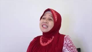 Download Video Testimony Pemijat Ibu Hj  Sukesi. Lewat Bekerja Pijat membawanya Naik Haji MP3 3GP MP4
