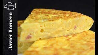 Tortilla de patatas fácil con beicon y queso. Recetas de Javier Romero
