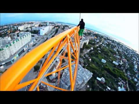 Extreme Russian Crane Climb