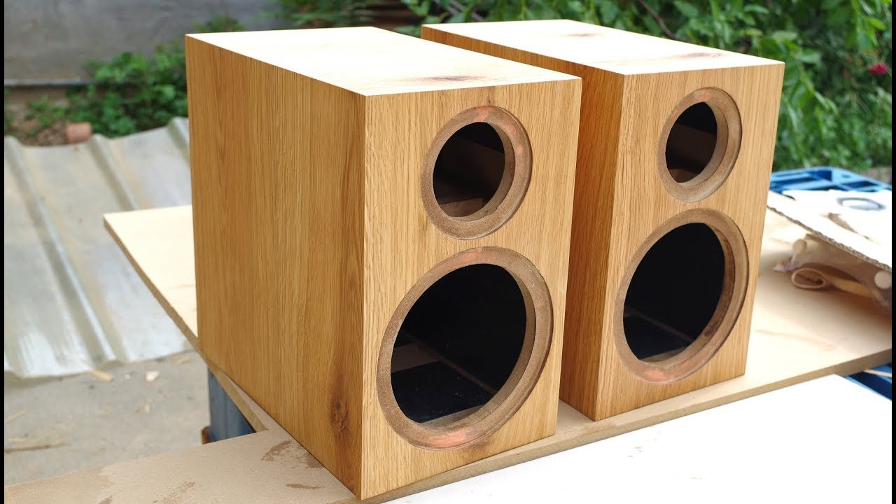 Build a loudspeaker box with a router youtube for Bat box obi