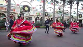 ¡Viva Navidad! 2017 Disney California Adventure Park
