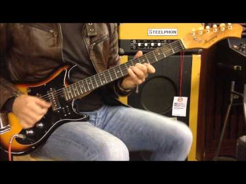 Harmony H802 electric guitar on