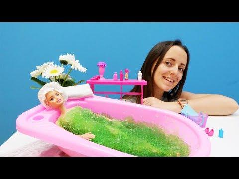 Барби РАСТОЛСТЕЛА! Готовимся к лету🌞: ФИТНЕС и косметические процедуры, ГРЯЗЕВЫЕ ванны. Игры #Барби