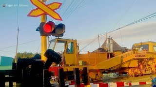 Video Perlintasan Kereta Api Krl ~ Railway Crossing Train ~ Edisi 18 download MP3, 3GP, MP4, WEBM, AVI, FLV September 2018
