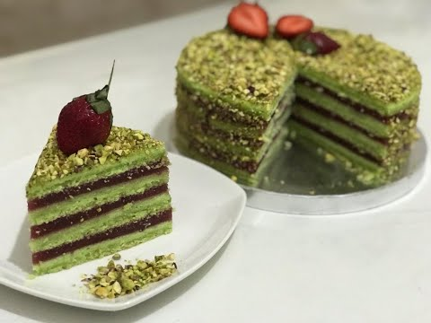 ****gâteau-pistache-.fraise-👍🥰👏👌🎂🎂-كعكة-الفستق-و-الفراولة-بمذاق-رائع****