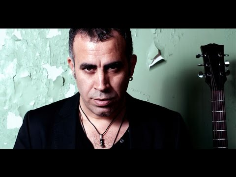 Haluk Levent - Yollarda Bulurum Seni (Official Video)