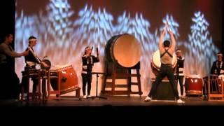 Danjiri performed by Akira Katogi, Raiya Katogi, and Nagata Shachu....