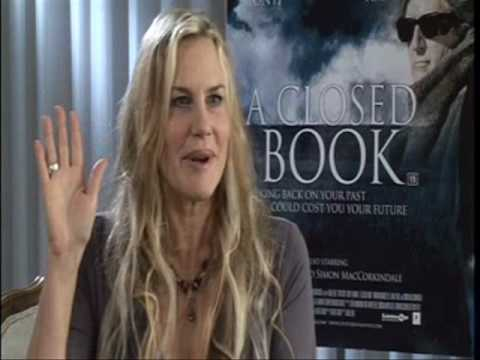 Daryl Hannah Interview - A Closed Book Interview - Blockbuster Exclusive