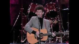Lyle Lovett - Farther Down the Line (Live at Farm Aid 1990)