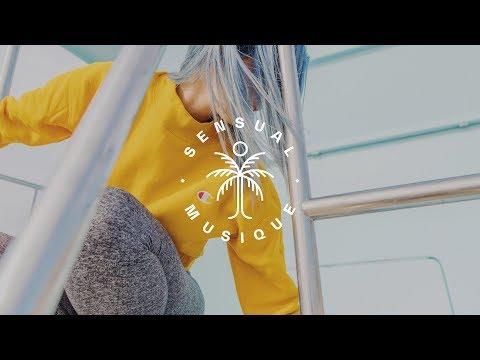 Lennon Stella - La Di Da (Hibell Remix) // Lyrics