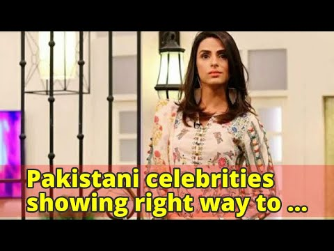 Pakistani celebrities showing right way to clap for transgenders