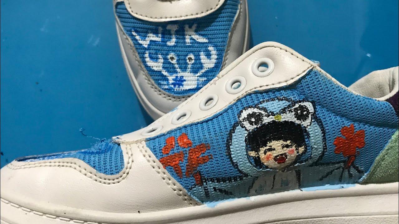 Vẽ trang trí giày bằng màu acrylic | Bao quát những tài liệu liên quan đến bán màu acrylic vẽ áo chính xác nhất