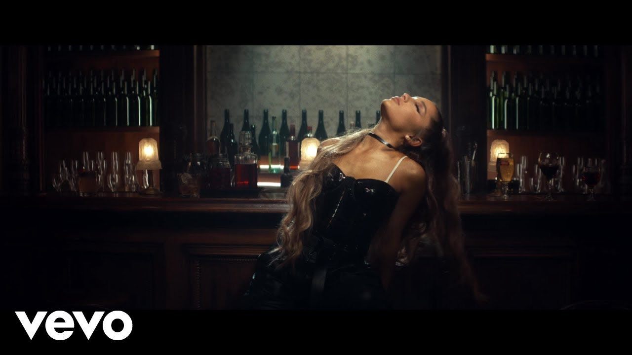 Ariana Grande - breathin #1