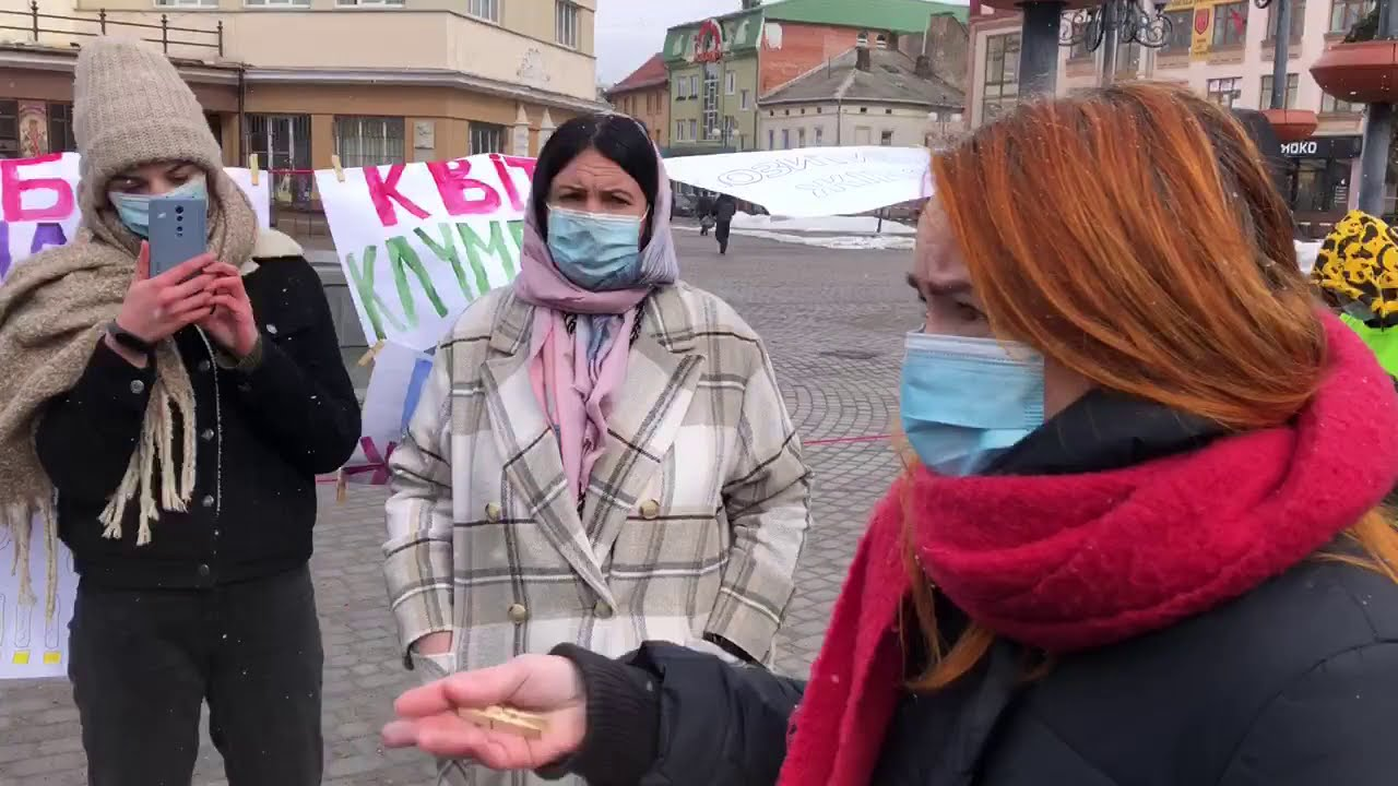 Карпатська Січ загнала в глухий кут феміністок