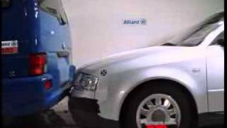 Audi A6 Avant vs VW Transporter CRASH TEST