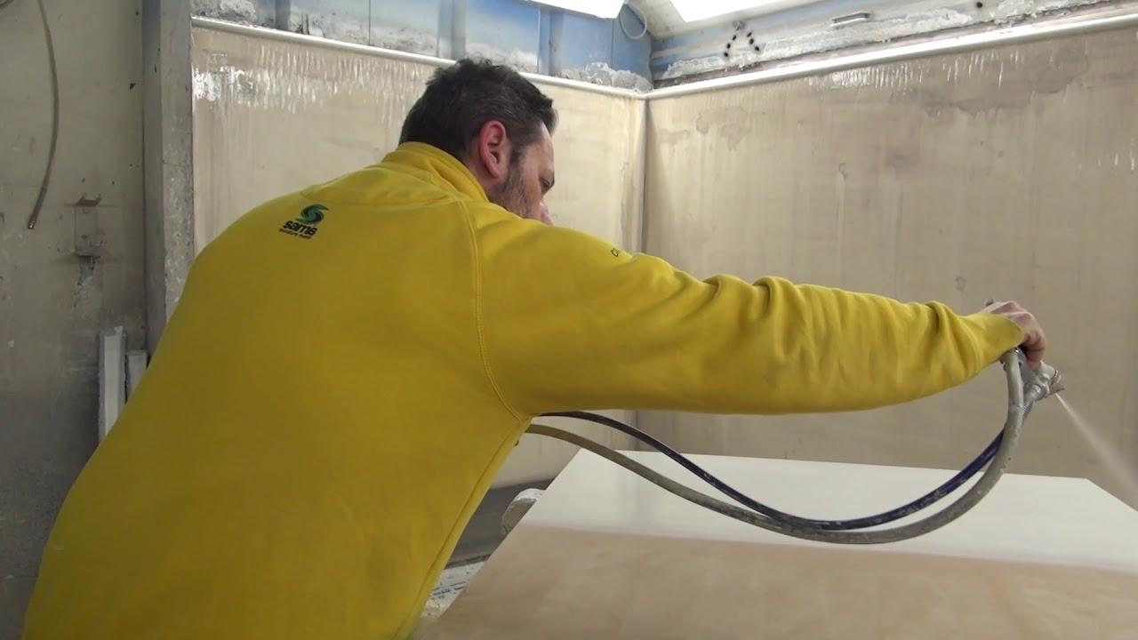 Sama laccatura mobili prima fase la preparazione youtube for Laccatura mobili