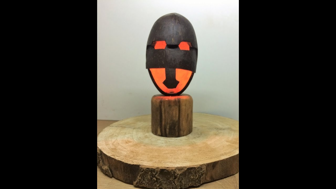 Gladiator Mask From Coconutgladiator Helm Aus Kokosnuss