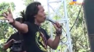 Antara Senyum Dan Perang   Alvi Feat Shodiq   Om Monata