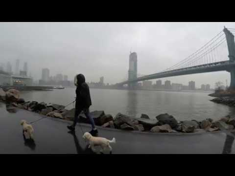 ⁴ᴷ Walking Tour of DUMBO, Brooklyn to Chinatown, Manhattan via Manhattan Bridge in the Rain