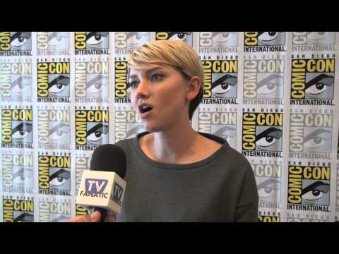 2:22 Valorie Curry Talks The Following 1: Can Emma Be Redeemed?