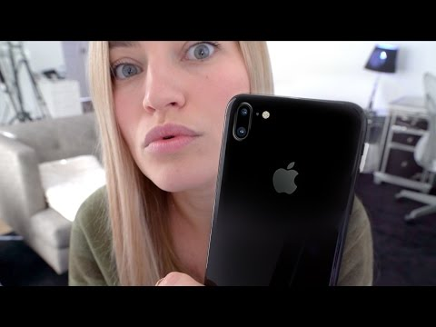 Thumbnail: iPhone 8 Vertical Camera?