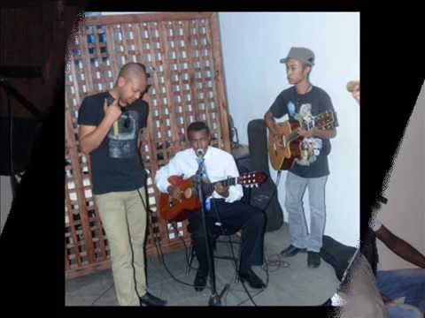 ilay nosy de Dadah Rabel cover by Roger